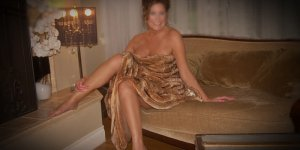 Dorlane brunette incall escort in Loyalist
